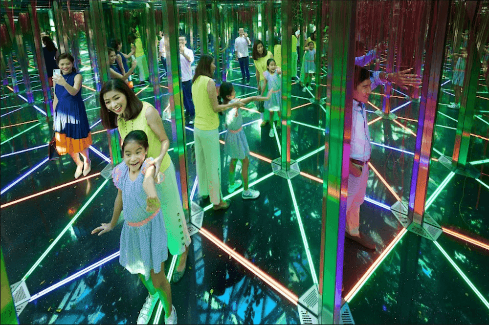 jewel mirror maze