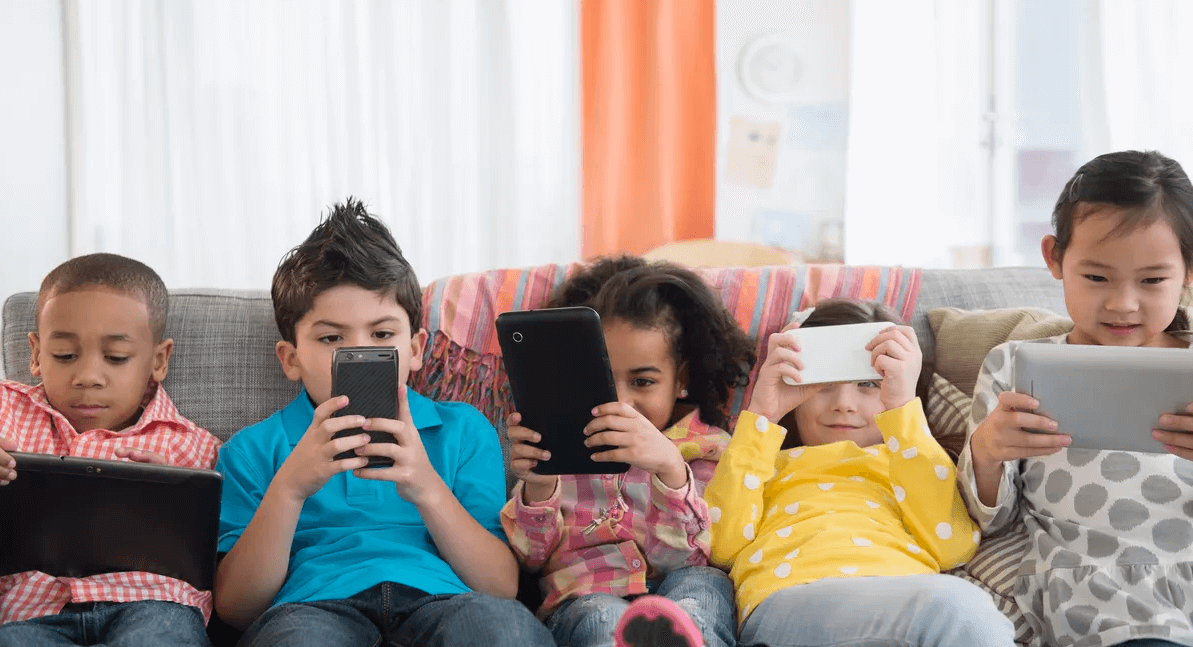 Screen time linked with myopia